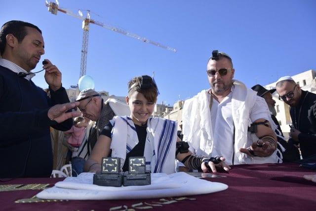 6הפקת בר מצווה בכותל   בן דהן