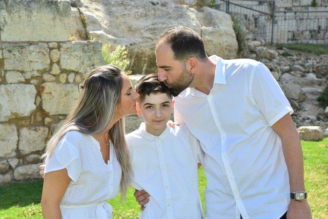 8הפקת בר מצוות בכותל   משפחת סולומון